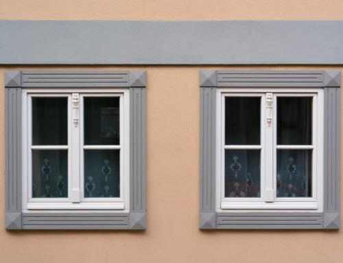 Richtige Pflege von Holzfenstern – unsere Tipps