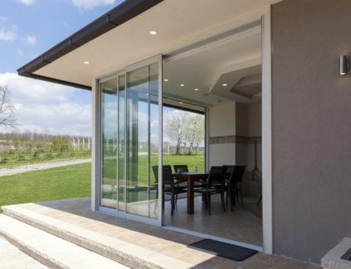Vielseitige Lösung für Ihren Balkon und Terrasse: Parallel-Schiebe-Kipp-Tür